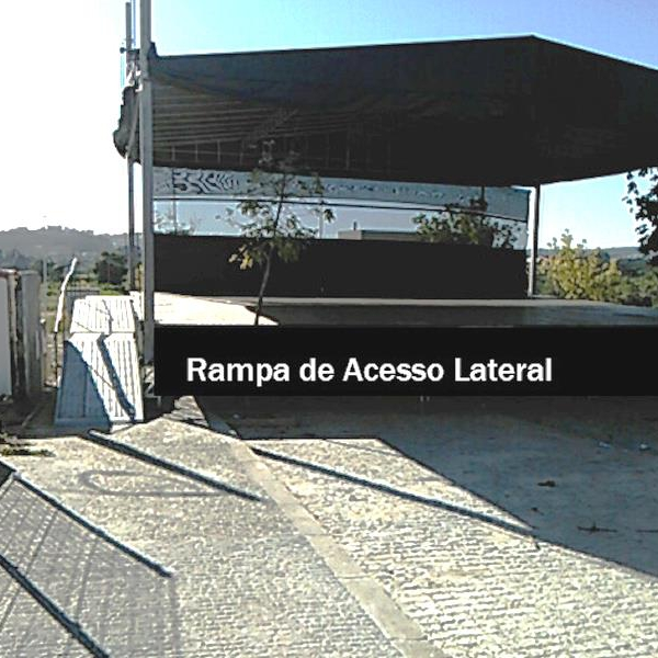 Palco com rampa lateral